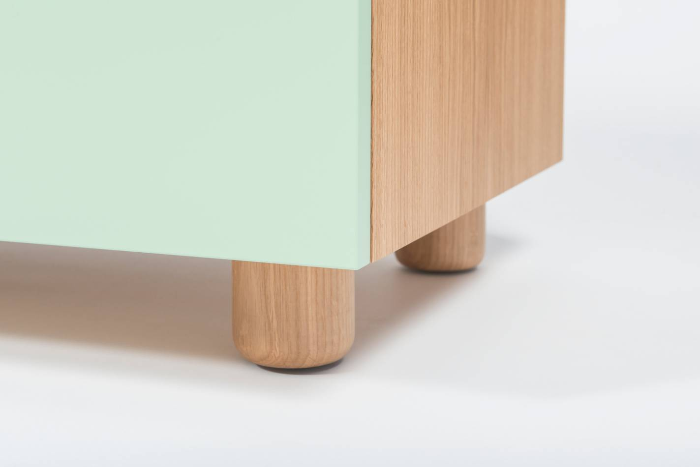 Quodes Satellite Kommode Design by Edward Barber and Jay Osgerby Design Möbel